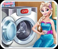 Elsa giặt quần áo